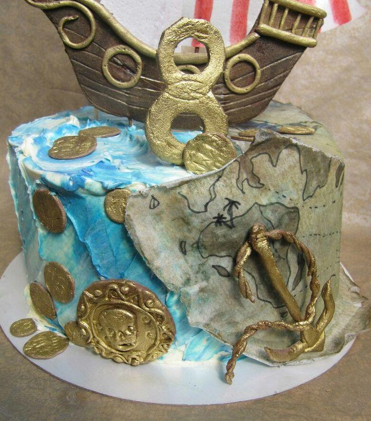 Торт на пиратскую вечеринку, корабль и декор мастичный, кремчиз, паруса и карта из вафельной бумаги