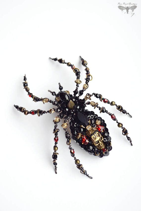 Gothic jewelry Large Spider Spider pendant by PurePearlBoutique