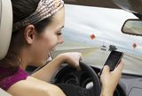 4 Smartphone Apps that Prevent Teens From Texting While Driving