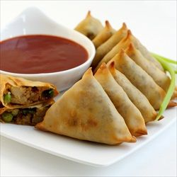 Baked Samosa // from Cooking Thumb via FoodiePortal