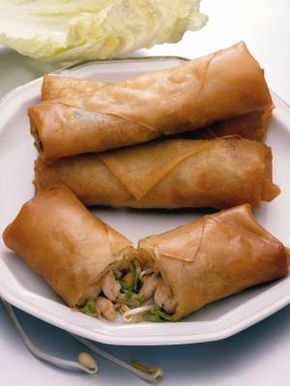 How to bake wraps made with rice paper wrappers.. lower carb than other wheat flour based wrappers, lower fat than fried rolls, and gluten-free! A must try... (Going to try it with taco beef, cucumbers and lettuce!)