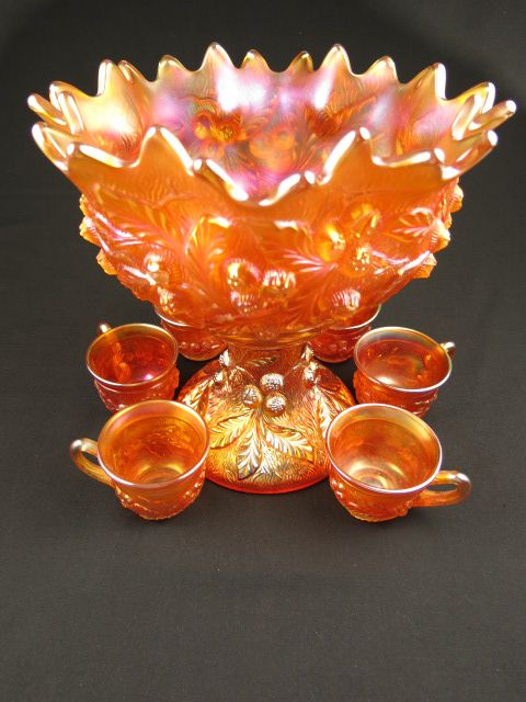 Acorn Burrs punch bowl and cups