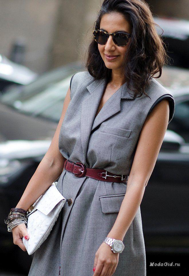 Уличная мода: Модный стилист Nausheen Shah - девушка с фунтом изюма
