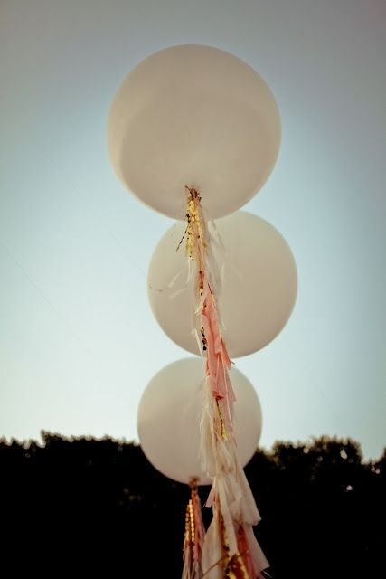Rose and gold tassels ::swoon::  --  Love these tassels on the balloon!