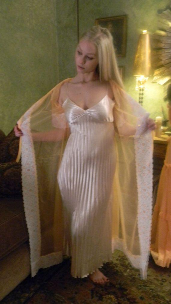 40s satin porn - Satin nightie porn - Liquid satin material authentic style grecian goddess  night gown night slip nude