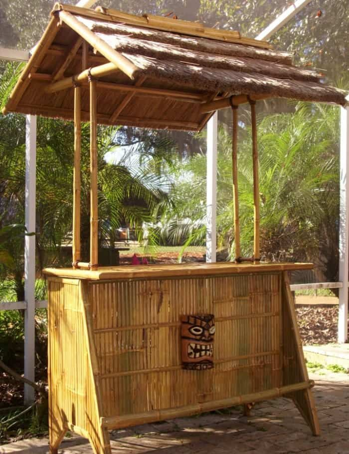 10 Impressive Outdoor Bar Ideas Worth Considering
