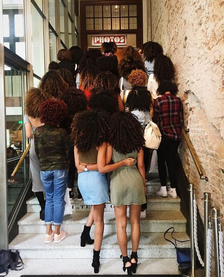 "afrodesiacworldwide: ""TEAM CURLY BUNCH"""
