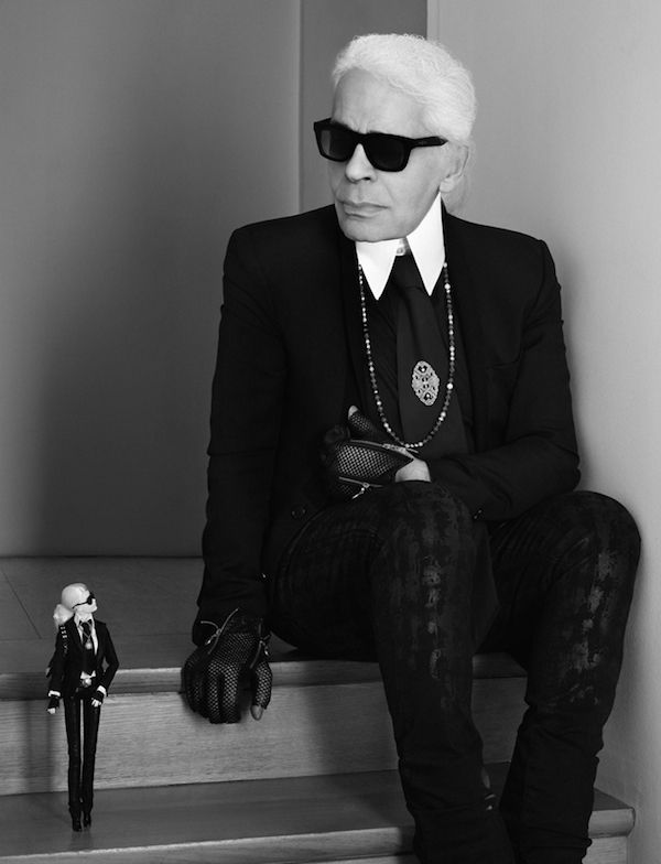 Ecco Barbie Lagerfeld. Pronte a sgomitare per aggiudicarvela?