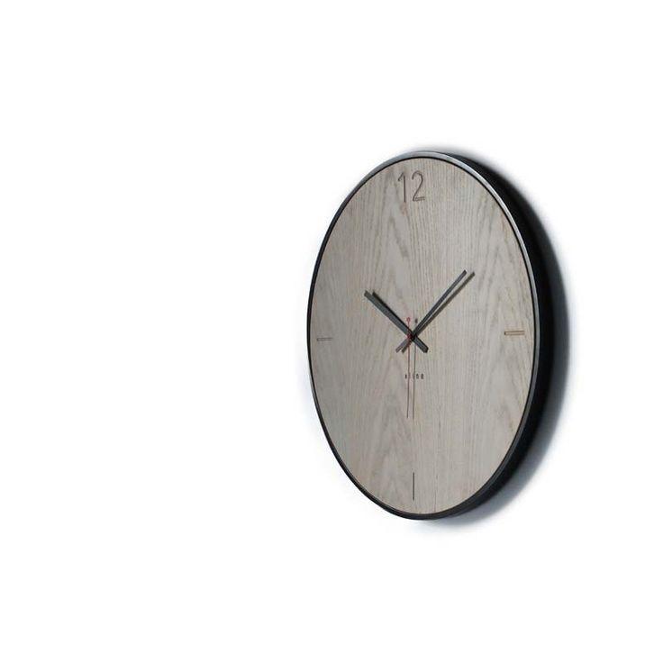 Ρολόι τοίχου natural oak designed by xline