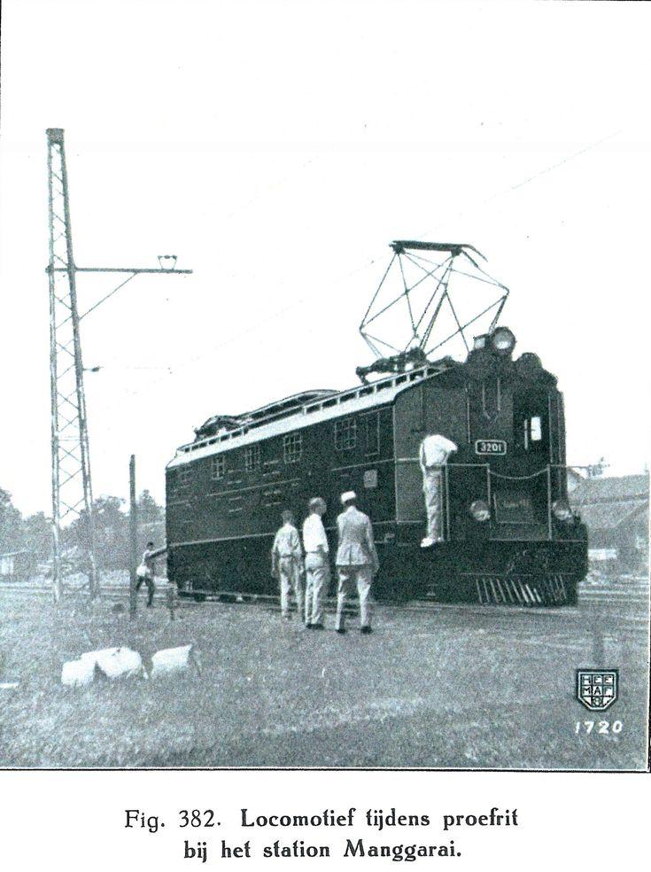 Eerste elektrische locomotief voor Nederlands Indië (1926)
