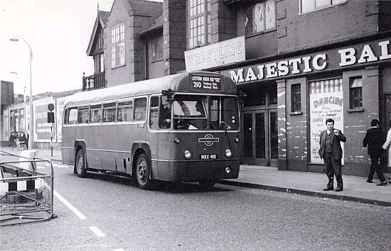 026-Finsbury Park Stroud Green Road by Warsaw1948, via Flickr