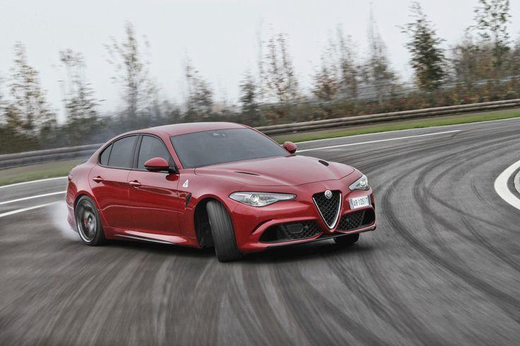 Nowa Giulia to doskonałe połączenie dynamiki i efektywności. Poznajcie ją bliżej: http://dpromo.alfaromeo.com/PL_Giulia?source=promo #AlfaRomeo #AlfaRomeoGiulia #Giulia