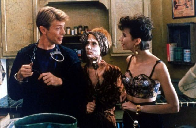 1991 - David Bowie as Monte, Eszter Balint as Vivian and Rosanna Arquette as Lucy in The Linguini Incident.