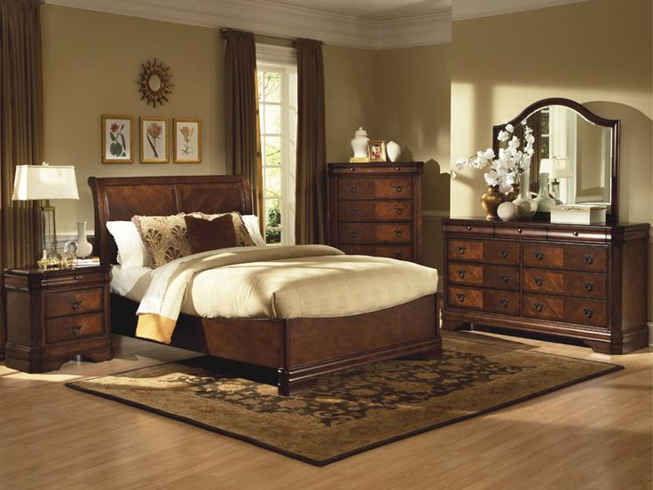Sheridan Collection Classic Bedroom Furniture Queen