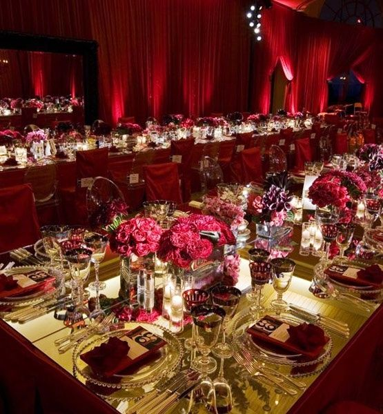 20 best maroon wedding decor images on pinterest for Burgundy wedding reception decorations