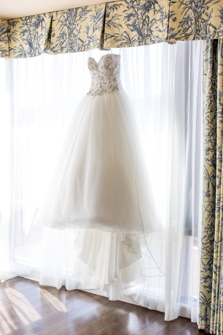Fabulous Four Seasons Wedding in Westlake Village, CA  Photographer - Maya Myers Photography  Beautiful princess gown!