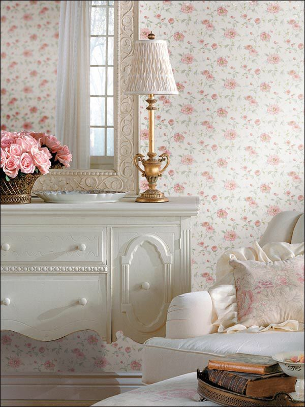 Cômoda + papel de parede + decoração romântica