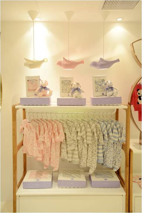 The Bonnie Baby new store in Hong Kong has softer prints for newborns, love  the pastel flying ducks | display windows | Pinterest | Pastels, ...