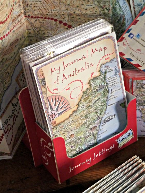 Record holiday memories on this journal map of Australia