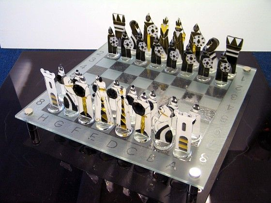 Настольные игры - Студия художественного стекла М-Арт: фьюзинг, витражи, матирование, венецианское стекло.