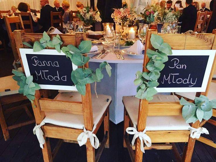 Wedding time:) #flowers  #weddingtime #zona #maz #eucalipstus #tabliczkikredowe #przepięknyślub #boathouse #rusticwedding #beutyfulltime #rustukalny śłub