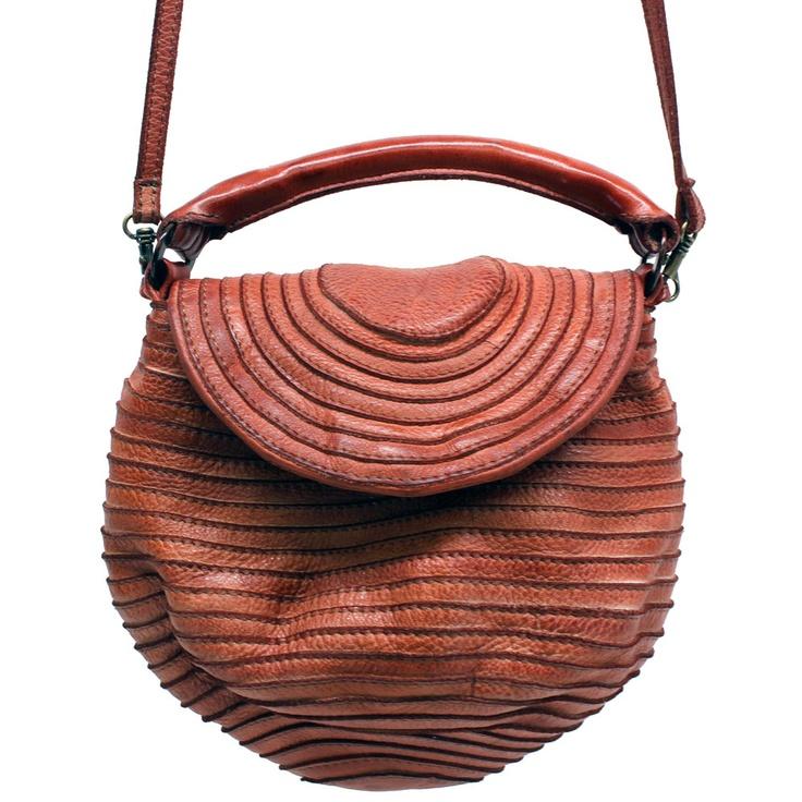 // Majo bag