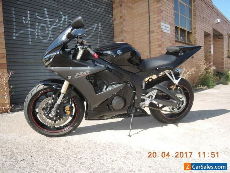 YAMAHA YZF R6 2005 MODEL BLACK LOW KMS VERY CLEAN 600cc SPORTS ROAD OR TRACK #yamaha #r6 #forsale #australia