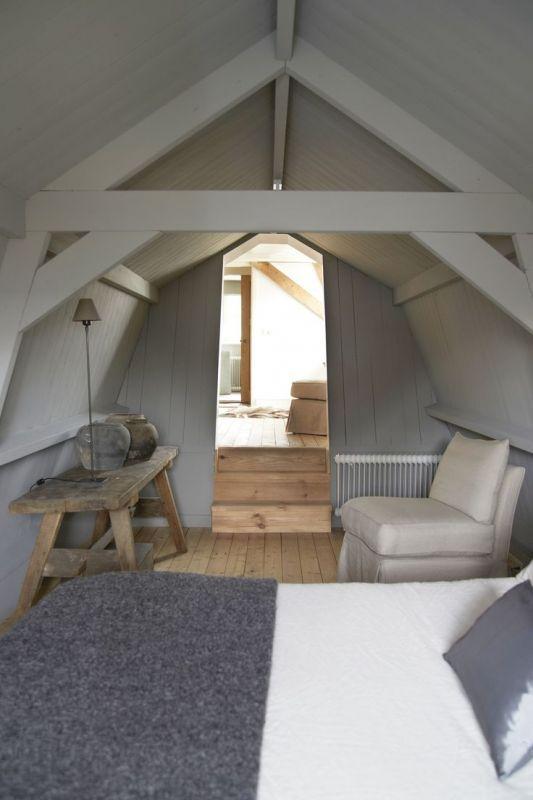 25 beste idee n over slaapkamer op zolder klein op pinterest - Ruimtebesparende mezzanine ...
