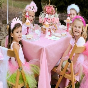 Best Birthday Parties For Toddlers - How To Celebrate Toddlers Birthday Party | Bash Corner