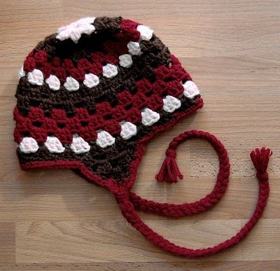 Granny hat with ear flaps - free pattern