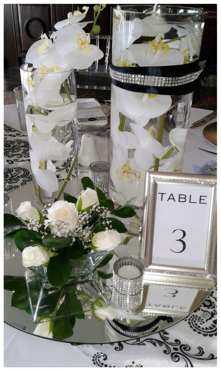 Orchids were the centre pieces for this wedding set~up