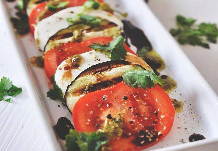 Reteta de vara - salata cu vinete  http://tabu.realitatea.net/retete-de-vara-salata-cu-vinete/