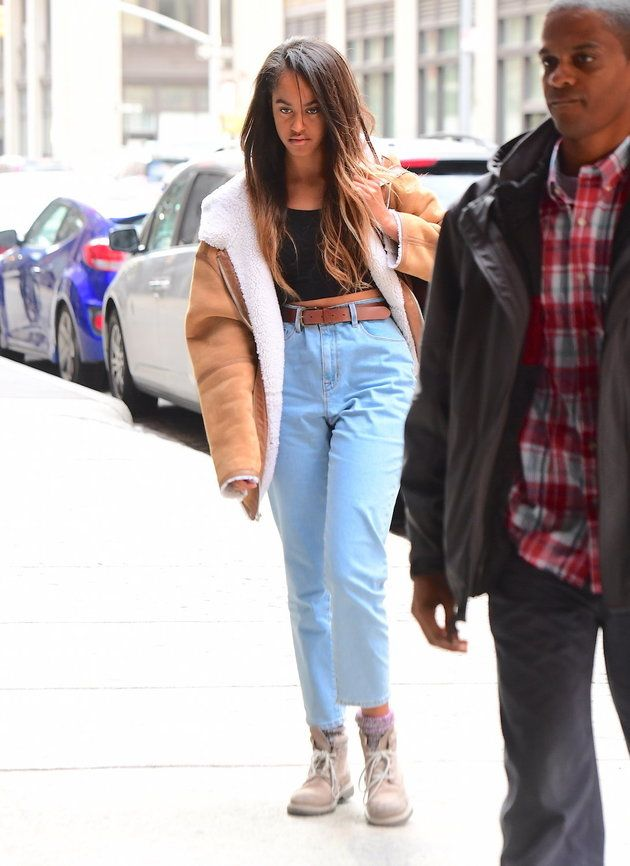 Malia Obama Looks Awesome In Mom Jeans | The Huffington Post