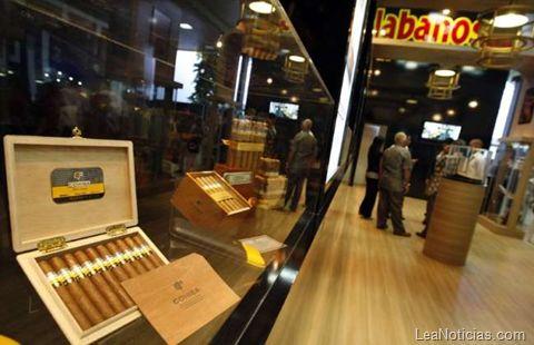 Por qué los puros cubanos son resistentes a la crisis - http://www.leanoticias.com/2012/03/05/por-qu-los-puros-cubanos-son-resistentes-a-la-crisis/
