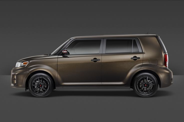 The 2015 Scion xB 686 Parkland Edition finishes out the xB's production run.