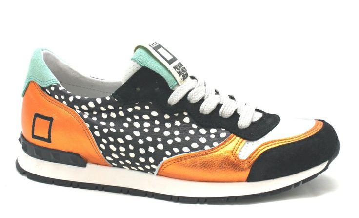 Opvallend gekleurde D.A.T.E. sneakers €169,95 #date #sneakers #voorjaarscollectie