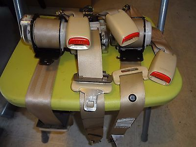 97-01 INFINITI Q45 complete REAR SEAT SEATBELTS SEAT BELT BUCKLES TAN
