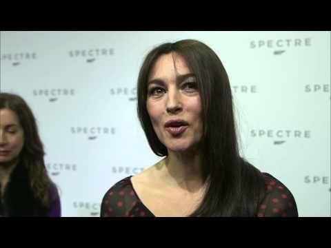 """Spectre: Monica Bellucci """"Lucia Sciarra"""" Interview on the new James Bond Movie -  Dice que con 50 años ya no esta pjara chica sino para """"señora Bond""""."""