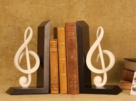26 best images about dreamy dorm rooms on pinterest storage bins dorm room checklist and - Treble clef bookends ...