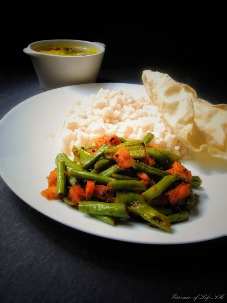 BEANS MEZHUKKUPURATTI/ KERALA STYLE BEANS STIR FRY WITH COCONUT SLICES : Mezhukkupuratti is a classical Kerala Style stir-fried vegetables, the specialty of the dish is that it is cooked in Coconut Oil. Some regions of Kerala call it 'Upperi'. Goes well with steamed rice or Kerala Rose Matta Rice.  Simply serve it with Moru Curry or Moru Kachiyathu and Pappadam for a complete meal.
