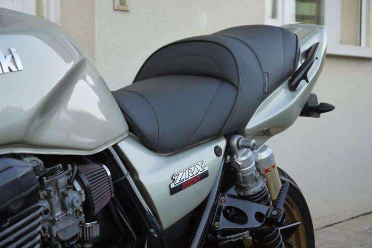 Kawasaki ZRX1200 selle recherche.