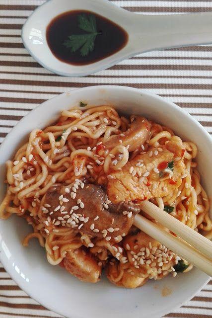 Noodles com frango
