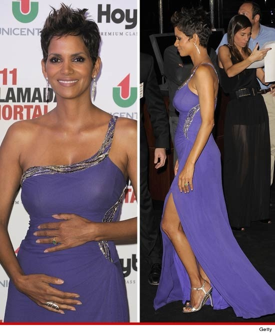 """Halle Berry + Baby bump at the Premiere for """"The Call"""" in Argentina"""