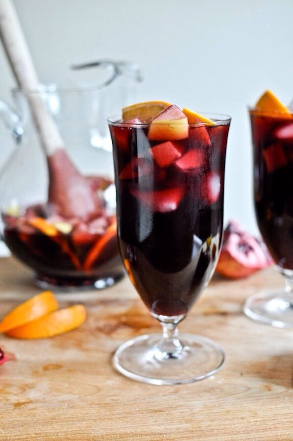 TRY Pomogranate Vanilla Sangria using our Vixen Sparkling Shiraz - Cabernet Sauvignon - Cabernet Franc #delicious