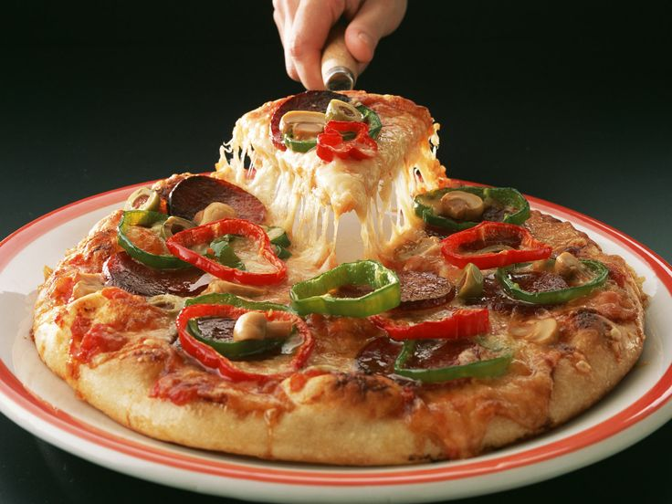 Palermo's of 63rd offers #deliciouspizza that you can order, take away & eat with authentic #Italian taste!