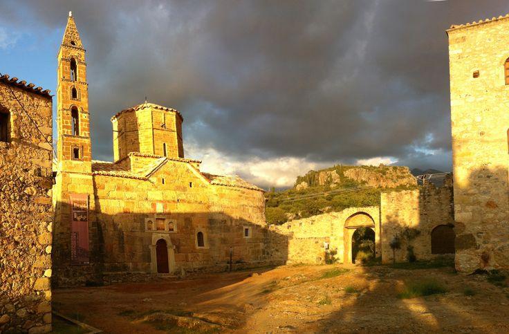 Church of Ag. Spiridon, Kardamyli Old Town