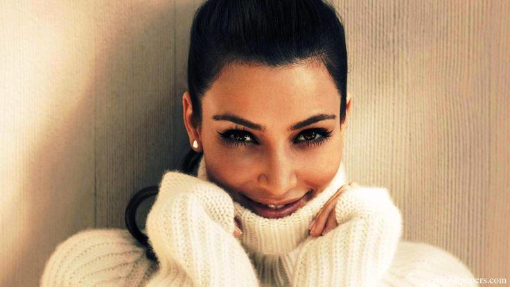 Kim Kardashian Wallpaper HD