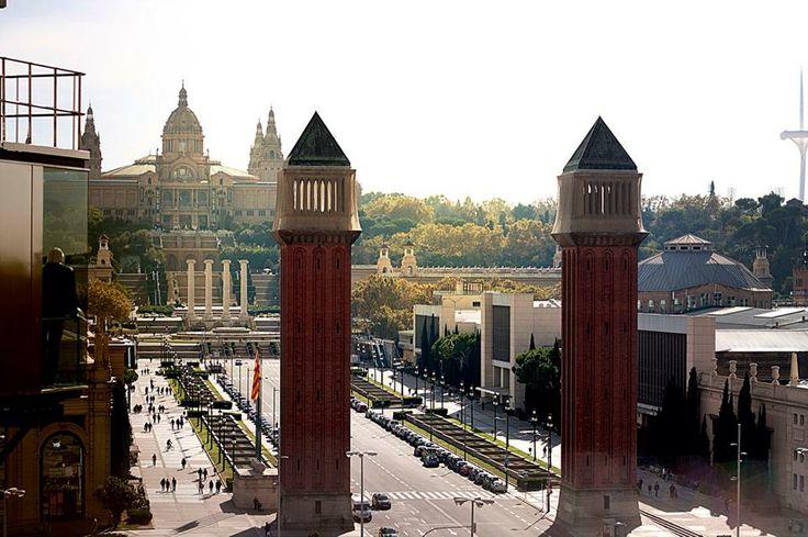 www.dafnidouma.com  #bcn #barcelona #europe #city #cityscape #amor #siempre #dafnidouma #montjuic #cataluña