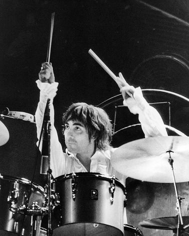 Keith Moon (1946 - 1978), known as a wild man of rock and drummer of the famous rock group The Who, playing the drums during a concert, circa 1975. Photo: Keystone, Getty Images / Getty Images 2011