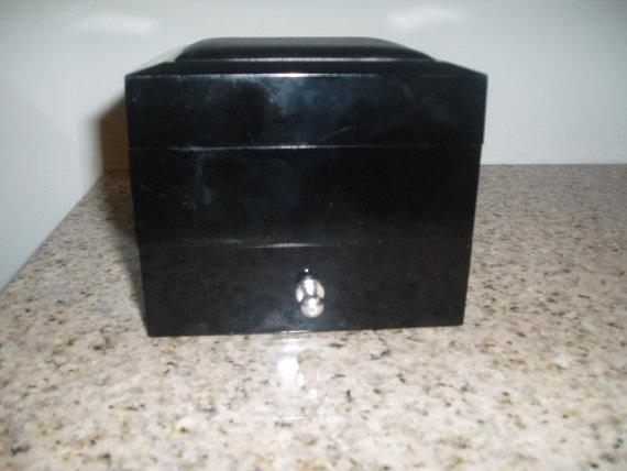 Adolfo Vintage Jewelry Box by PandBTreasures on Etsy, $6.00